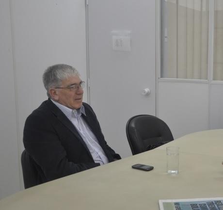 Morador de Santana do Livramento, Horácio Dávila, 64, votou no Brasil pela manhã e no Uruguai à tarde - Divulgação