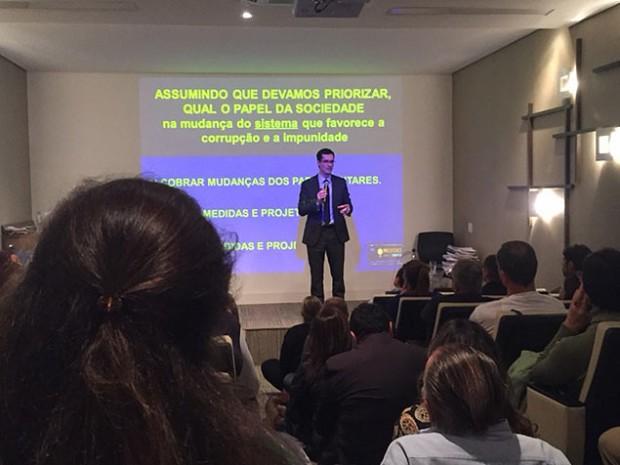 O procurador Deltan Dallagnol, que coordena a força-tarefa da Lava Jato, em São Paulo - Graciliano Rocha/Folhapress