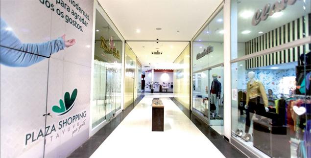 Corredor de shopping em Sorocaba (SP)