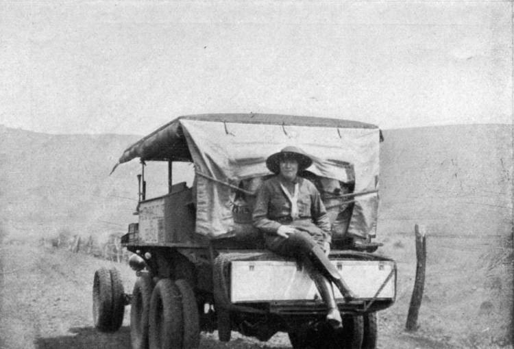 O  Ford T do francês Roger Courteville na viagem ao Peru - Divukgação