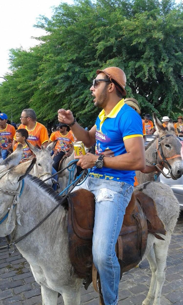 O comerciante André Souza Santos, 43, organizador da Jegada, em Miguel Calmon (BA) - Arquivo Pessoal