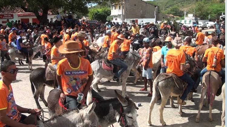 Participantes da 21ª Jegada, em Miguel Calmon (BA), em maio - Calmon notícias/Divulgação